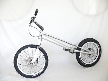 Sky20bikel